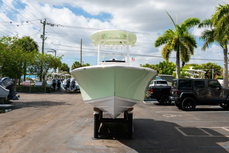 Thumbnail 2 for New 2019 Sportsman Heritage 211 Center Console boat for sale in Miami, FL
