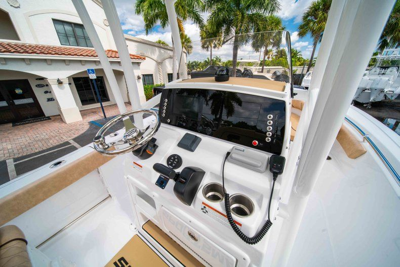 Thumbnail 22 for New 2019 Sportsman Heritage 211 Center Console boat for sale in Miami, FL
