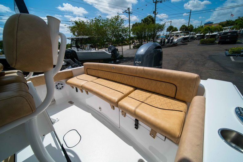 Thumbnail 15 for New 2019 Sportsman Heritage 211 Center Console boat for sale in Miami, FL
