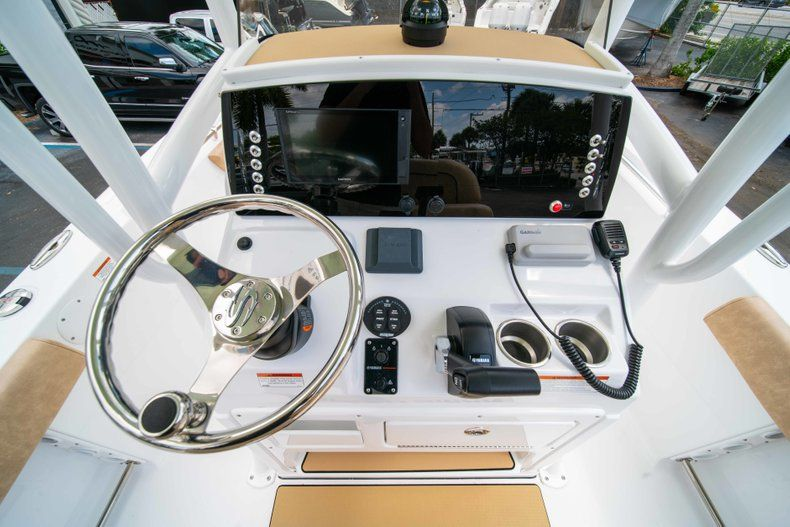 Thumbnail 24 for New 2019 Sportsman Heritage 211 Center Console boat for sale in Miami, FL