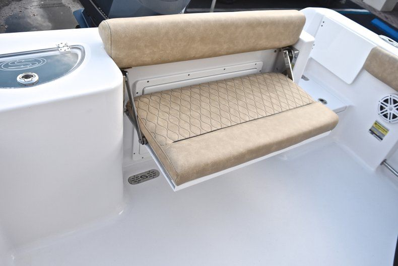 Thumbnail 15 for New 2019 Sportsman Open 232 Center Console boat for sale in West Palm Beach, FL