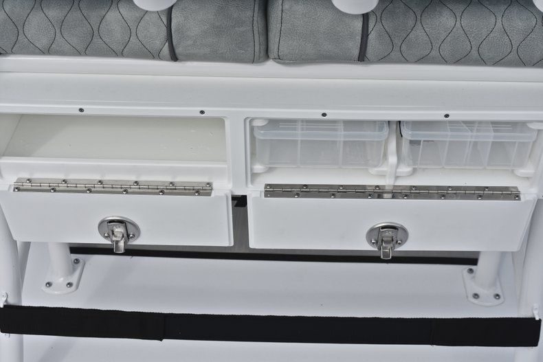 Thumbnail 22 for New 2019 Sportsman Open 232 Center Console boat for sale in Fort Lauderdale, FL