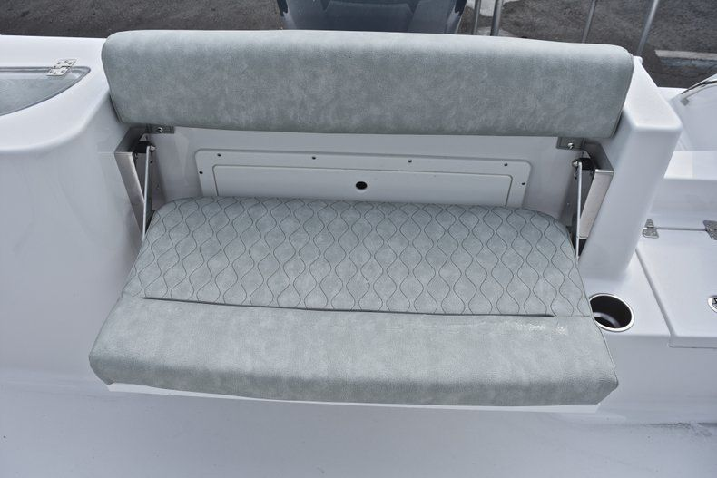 Thumbnail 15 for New 2019 Sportsman Open 232 Center Console boat for sale in Fort Lauderdale, FL