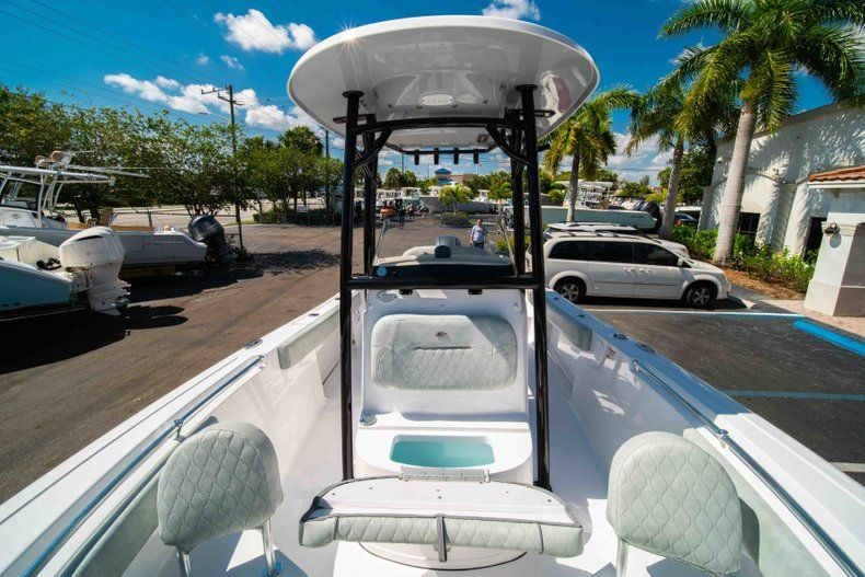 Thumbnail 32 for New 2019 Sportsman Open 212 Center Console boat for sale in West Palm Beach, FL
