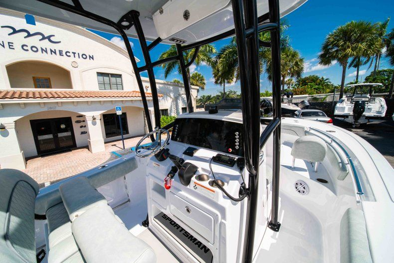 Thumbnail 15 for New 2019 Sportsman Open 212 Center Console boat for sale in West Palm Beach, FL