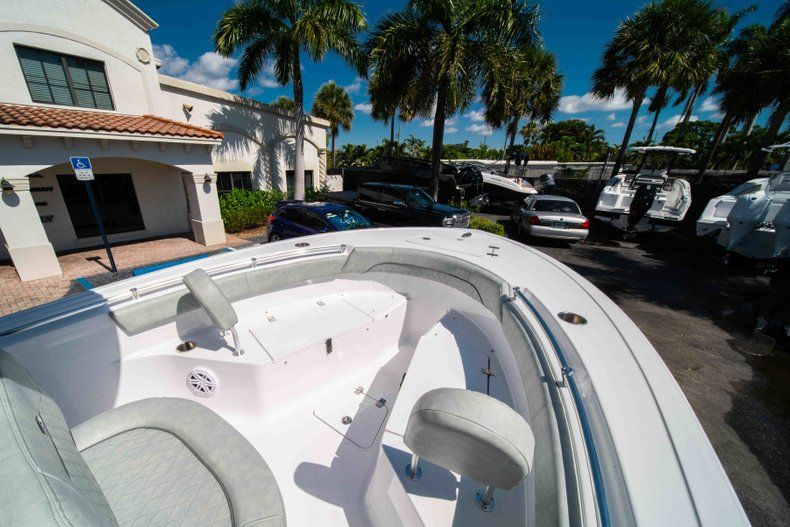 Thumbnail 25 for New 2019 Sportsman Open 212 Center Console boat for sale in West Palm Beach, FL