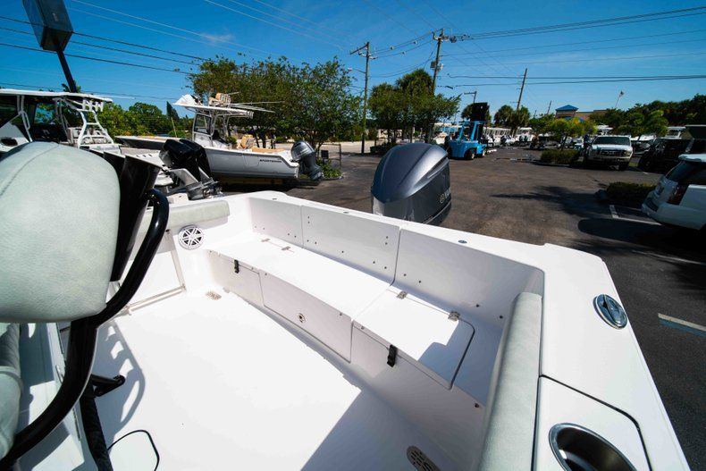 Thumbnail 20 for New 2019 Sportsman Heritage 231 Center Console boat for sale in Fort Lauderdale, FL