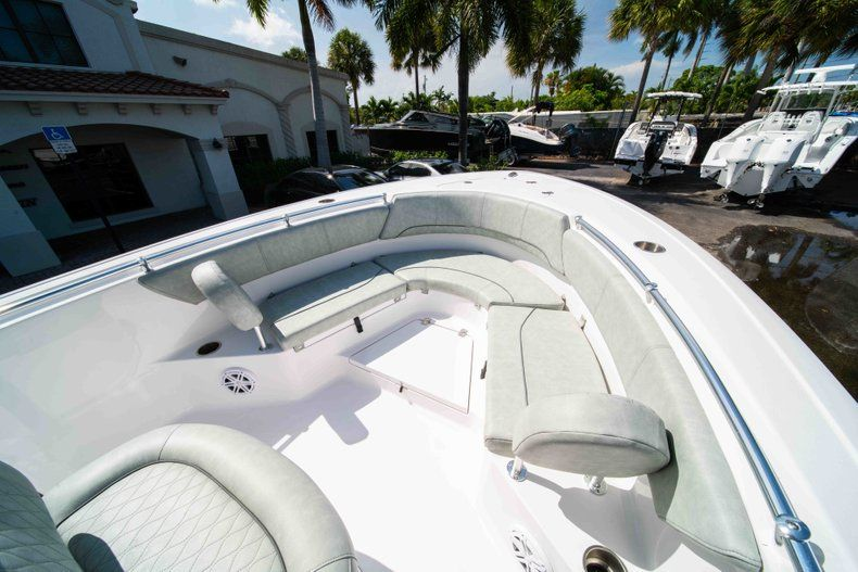 Thumbnail 35 for New 2019 Sportsman Heritage 231 Center Console boat for sale in Fort Lauderdale, FL