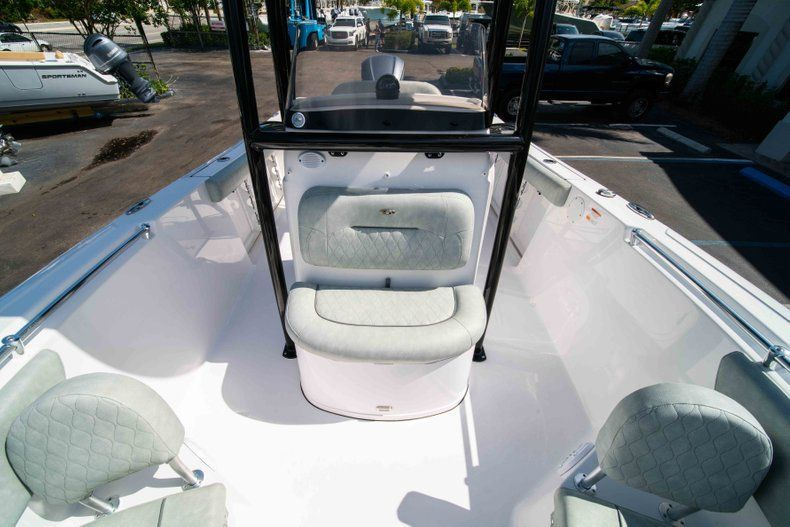 Thumbnail 42 for New 2019 Sportsman Heritage 231 Center Console boat for sale in Fort Lauderdale, FL