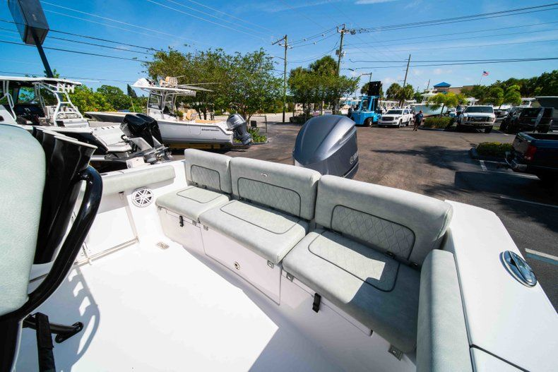 Thumbnail 18 for New 2019 Sportsman Heritage 231 Center Console boat for sale in Fort Lauderdale, FL