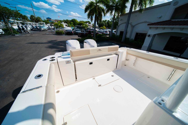 Thumbnail 12 for New 2019 Cobia 320 Center Console boat for sale in Islamorada, FL