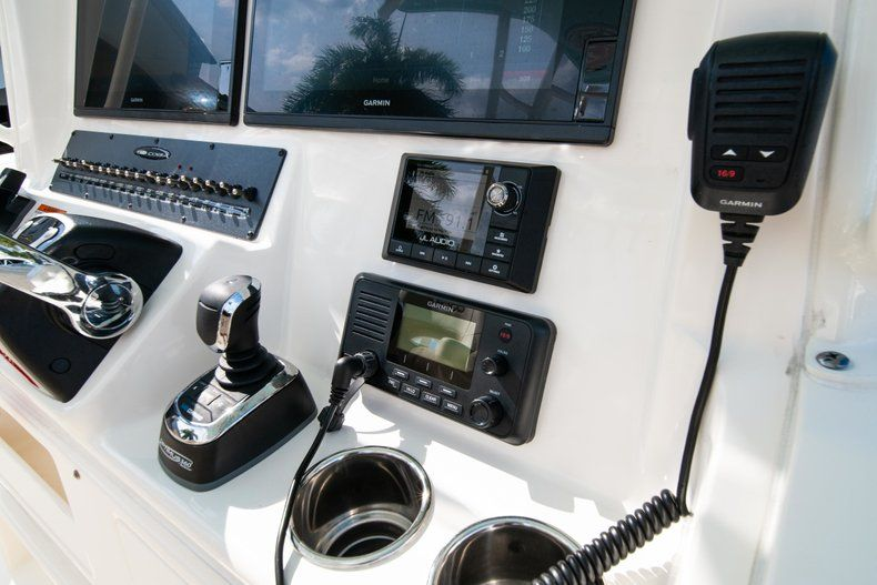 Thumbnail 29 for New 2019 Cobia 320 Center Console boat for sale in Islamorada, FL