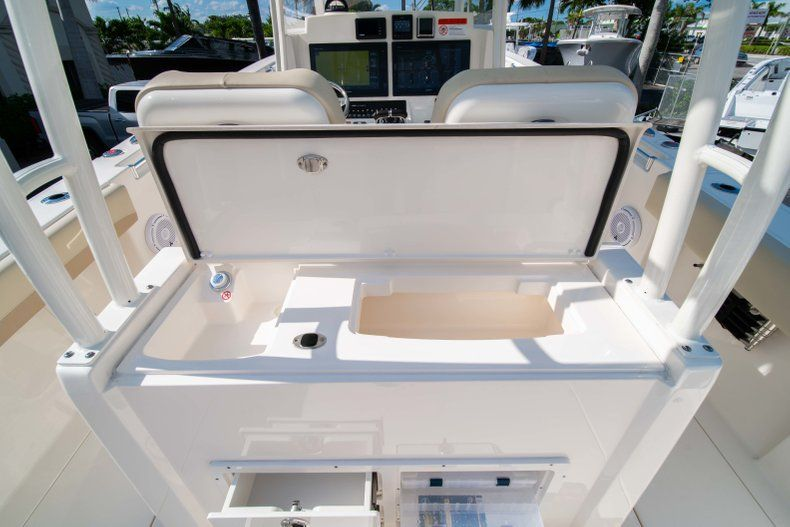 Thumbnail 11 for New 2019 Cobia 320 Center Console boat for sale in Islamorada, FL