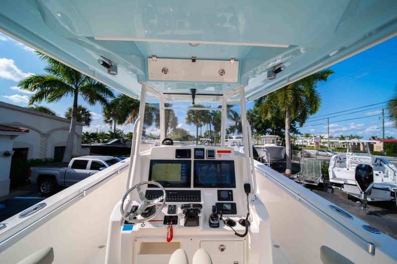 Thumbnail 24 for New 2019 Cobia 320 Center Console boat for sale in Islamorada, FL