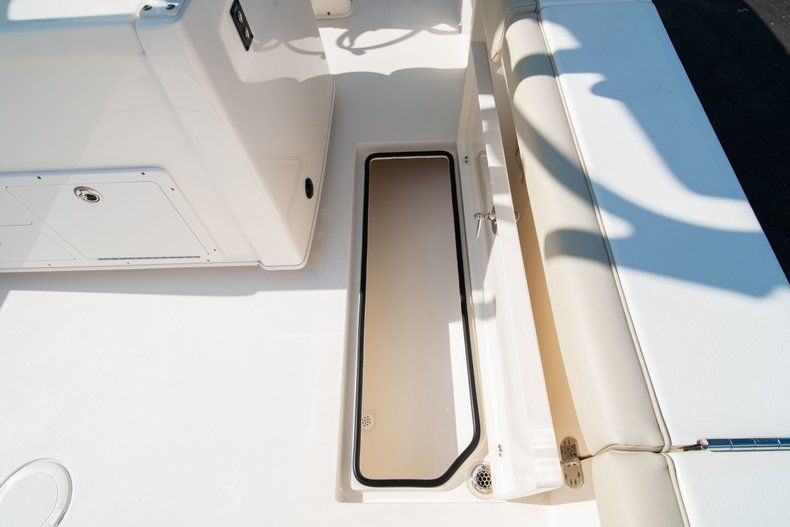 Thumbnail 23 for New 2019 Cobia 320 Center Console boat for sale in Islamorada, FL