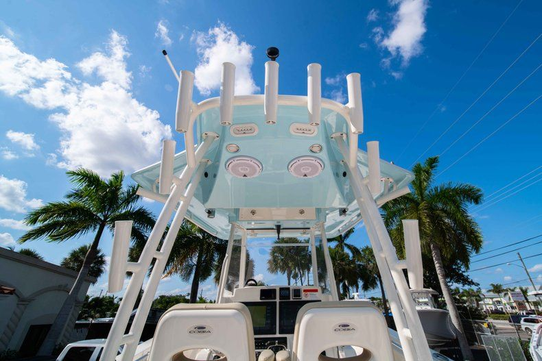 Thumbnail 8 for New 2019 Cobia 320 Center Console boat for sale in Islamorada, FL