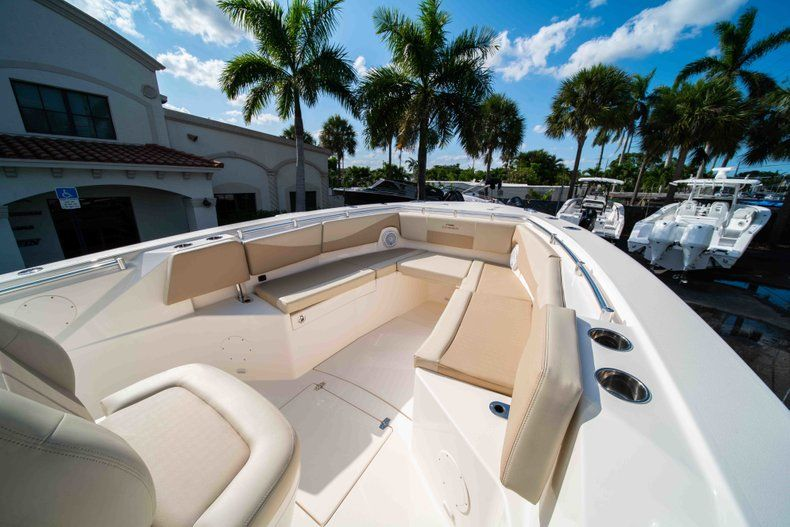 Thumbnail 36 for New 2019 Cobia 320 Center Console boat for sale in Islamorada, FL