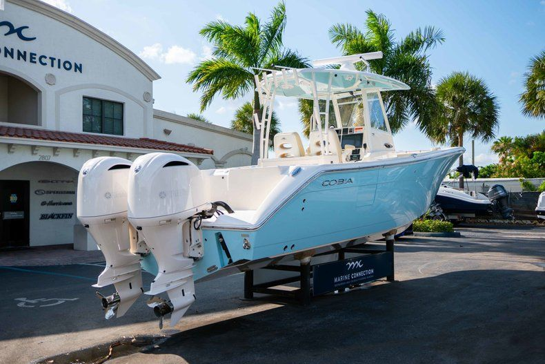 Thumbnail 7 for New 2019 Cobia 320 Center Console boat for sale in Islamorada, FL