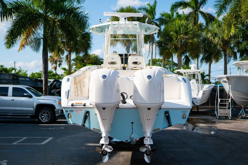 Thumbnail 6 for New 2019 Cobia 320 Center Console boat for sale in Islamorada, FL