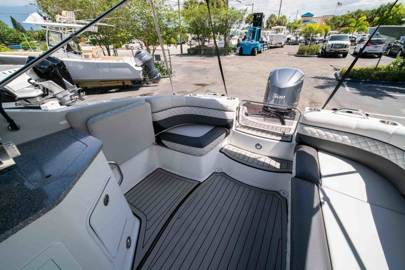 Thumbnail 12 for New 2019 Hurricane SD 2690 OB boat for sale in Vero Beach, FL