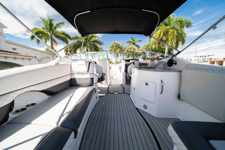 Thumbnail 9 for New 2019 Hurricane SD 2690 OB boat for sale in Vero Beach, FL