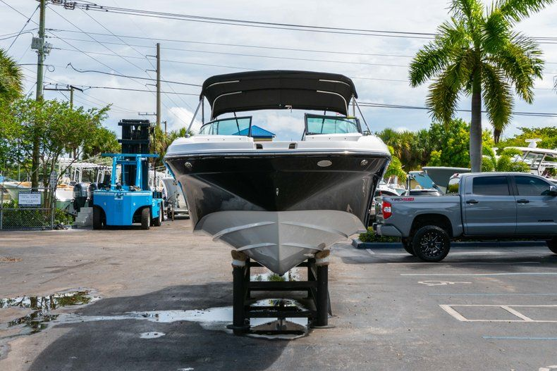 Thumbnail 2 for New 2019 Hurricane SD 2690 OB boat for sale in Vero Beach, FL