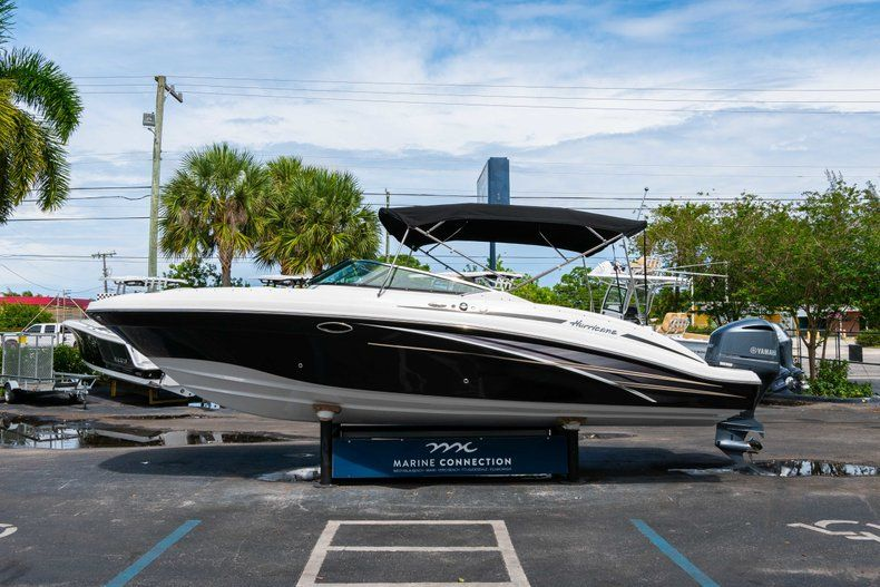 Thumbnail 4 for New 2019 Hurricane SD 2690 OB boat for sale in Vero Beach, FL