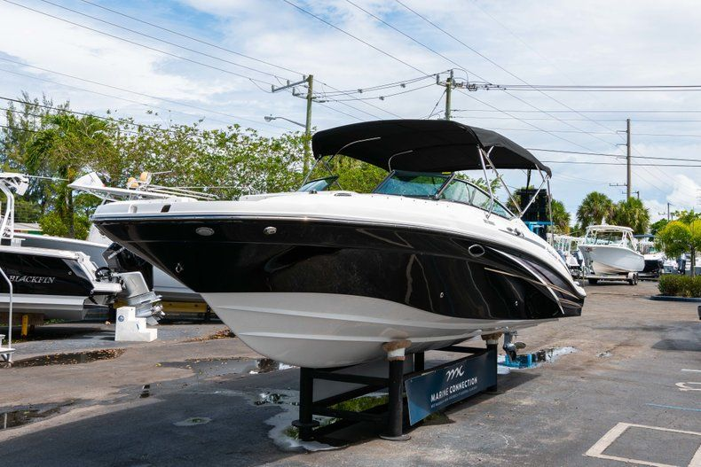 Thumbnail 3 for New 2019 Hurricane SD 2690 OB boat for sale in Vero Beach, FL
