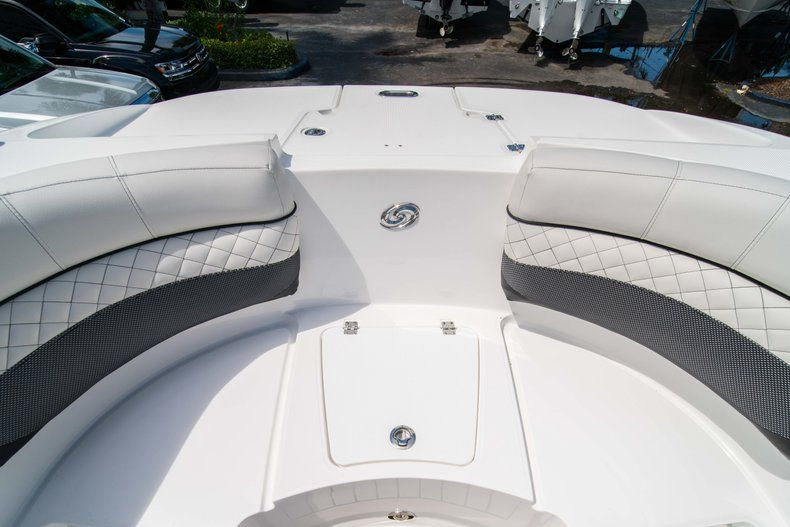 Thumbnail 39 for New 2019 Hurricane SD 2690 OB boat for sale in Vero Beach, FL