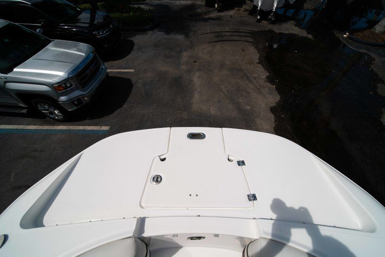 Thumbnail 41 for New 2019 Hurricane SD 2690 OB boat for sale in Vero Beach, FL