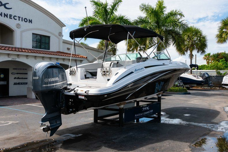 Thumbnail 7 for New 2019 Hurricane SD 2690 OB boat for sale in Vero Beach, FL