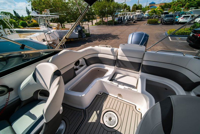 Image 12 for 2019 Hurricane SunDeck SD 2486 OB in West Palm Beach, FL