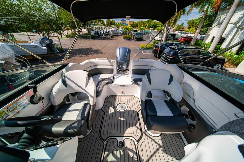 Image 10 for 2019 Hurricane SunDeck SD 2486 OB in West Palm Beach, FL