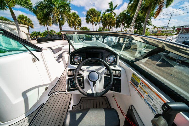 Image 17 for 2019 Hurricane SunDeck SD 2486 OB in West Palm Beach, FL