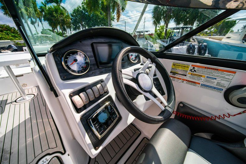 Image 18 for 2019 Hurricane SunDeck SD 2486 OB in West Palm Beach, FL