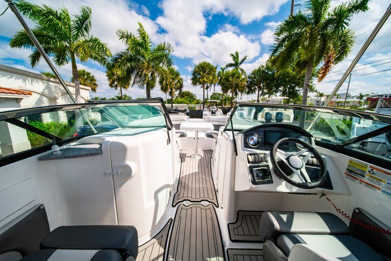 Image 16 for 2019 Hurricane SunDeck SD 2486 OB in West Palm Beach, FL