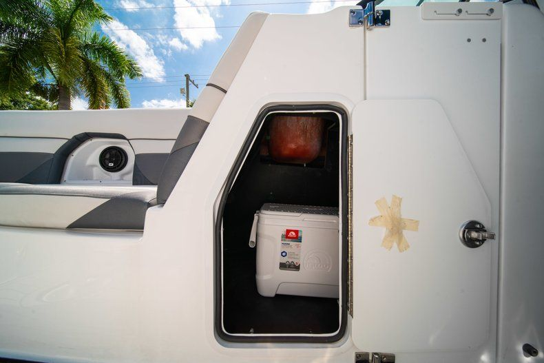 Image 29 for 2019 Hurricane SunDeck SD 2486 OB in West Palm Beach, FL