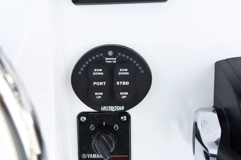 Thumbnail 46 for New 2019 Sportsman Open 232 Center Console boat for sale in Fort Lauderdale, FL