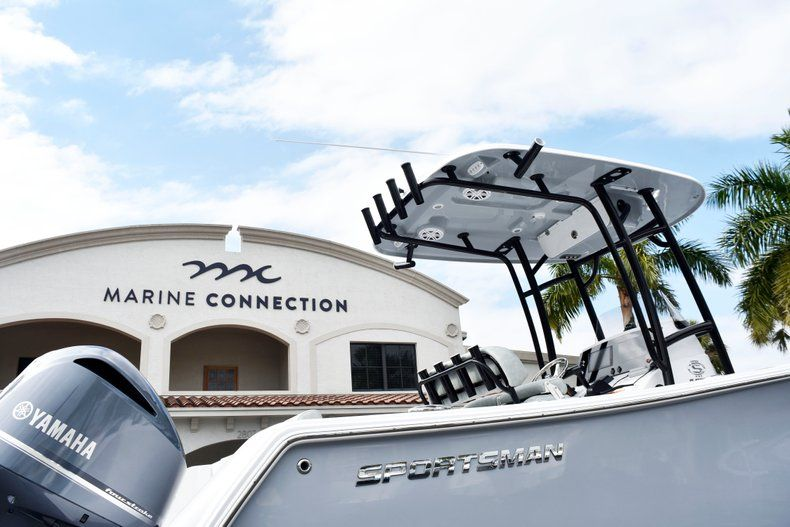 Thumbnail 8 for New 2019 Sportsman Open 232 Center Console boat for sale in Fort Lauderdale, FL