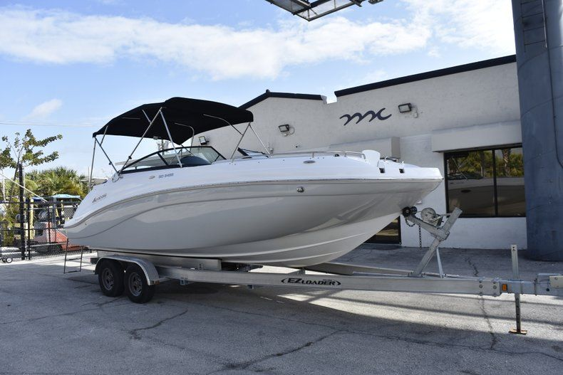 Thumbnail 1 for New 2019 Hurricane SD 2486 OB boat for sale in West Palm Beach, FL