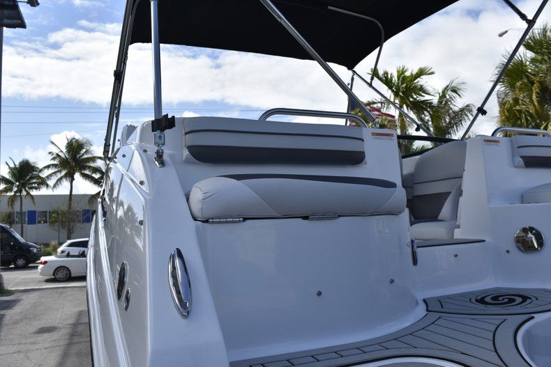 Thumbnail 14 for New 2019 Hurricane SD 2486 OB boat for sale in West Palm Beach, FL