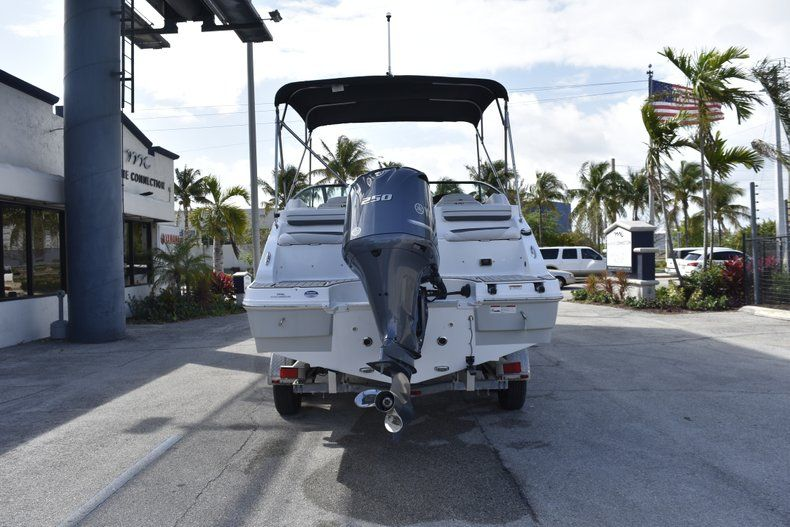 Thumbnail 6 for New 2019 Hurricane SD 2486 OB boat for sale in West Palm Beach, FL