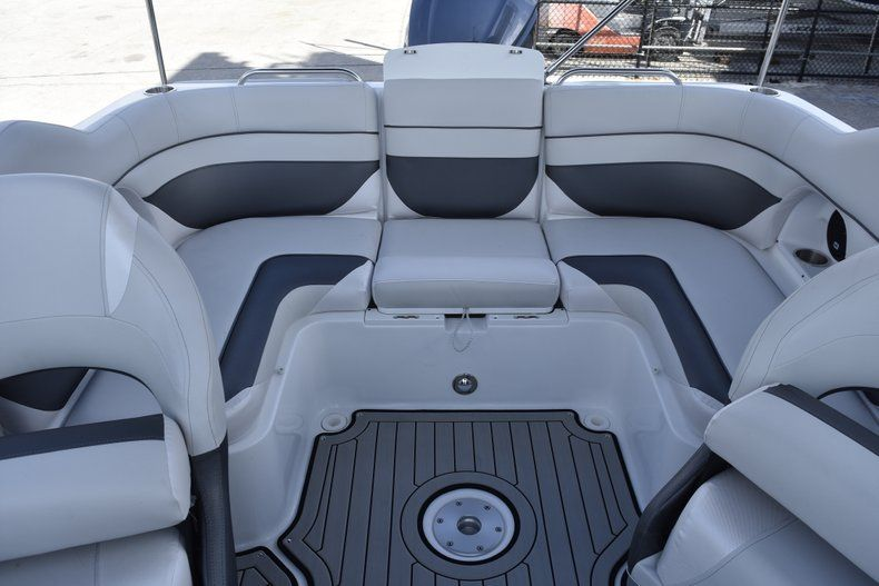 Thumbnail 20 for New 2019 Hurricane SD 2486 OB boat for sale in West Palm Beach, FL