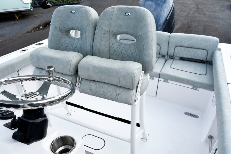 Thumbnail 21 for New 2019 Sportsman Heritage 241 Center Console boat for sale in West Palm Beach, FL
