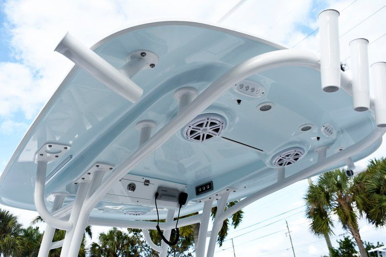 Thumbnail 22 for New 2019 Sportsman Heritage 241 Center Console boat for sale in West Palm Beach, FL