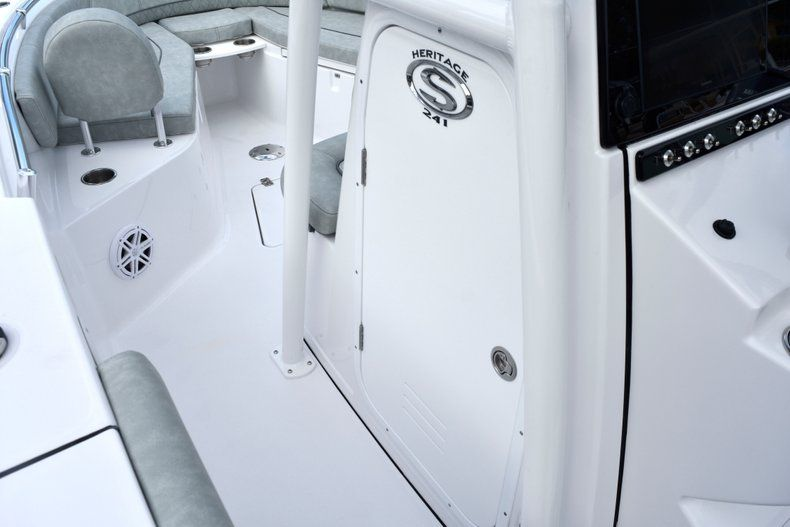 Thumbnail 42 for New 2019 Sportsman Heritage 241 Center Console boat for sale in West Palm Beach, FL
