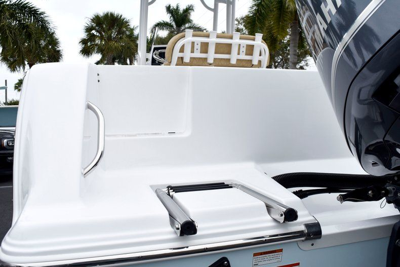 Thumbnail 9 for New 2019 Sportsman Open 232 Center Console boat for sale in Vero Beach, FL