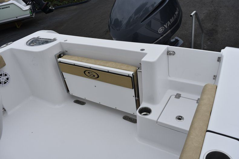 Thumbnail 11 for New 2019 Sportsman Open 232 Center Console boat for sale in Vero Beach, FL