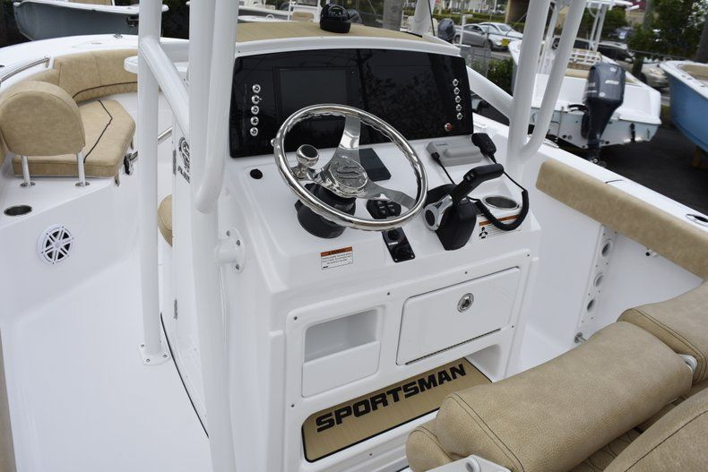 Thumbnail 25 for New 2019 Sportsman Open 232 Center Console boat for sale in Vero Beach, FL