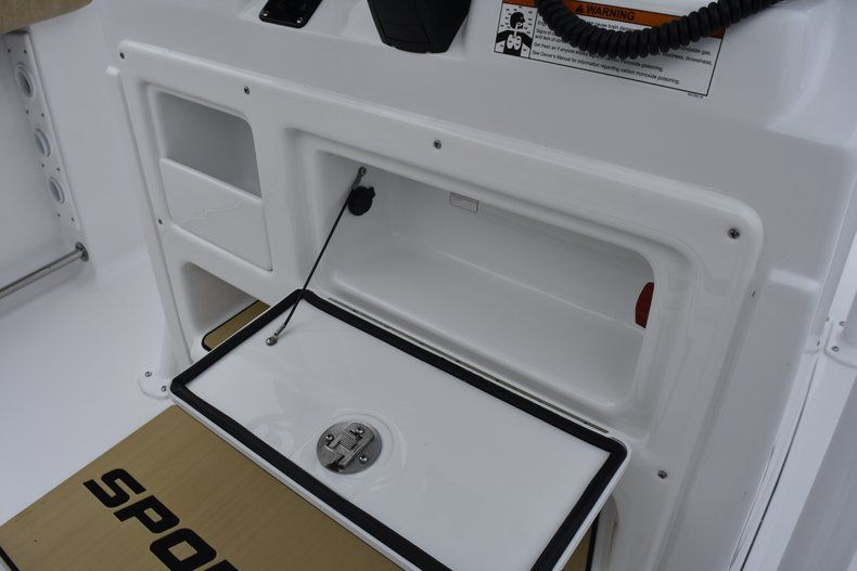 Thumbnail 36 for New 2019 Sportsman Open 232 Center Console boat for sale in Vero Beach, FL